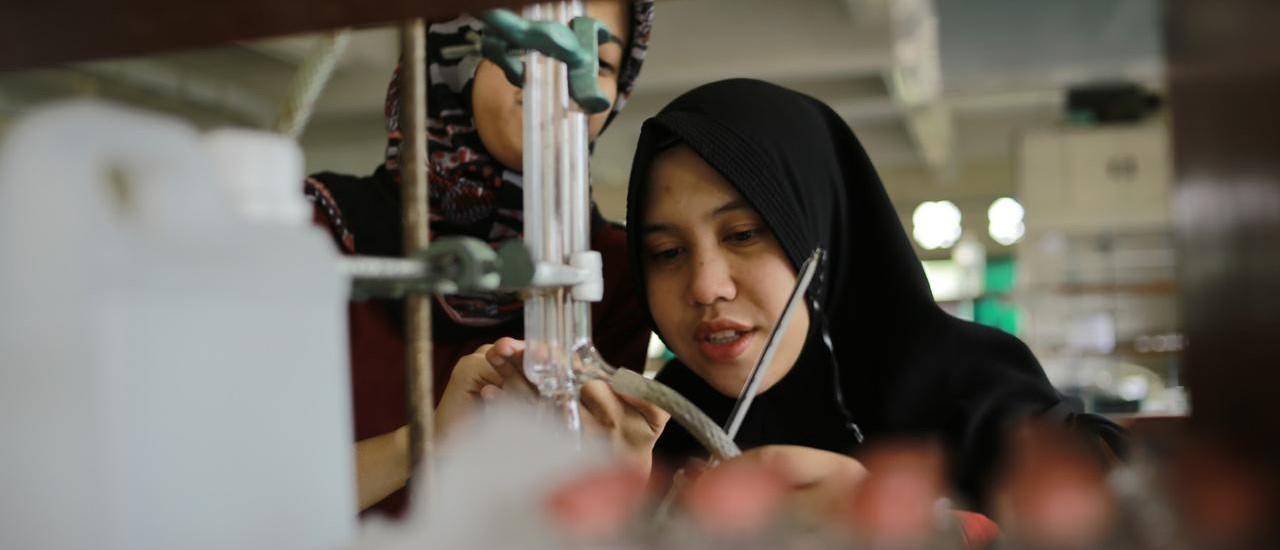 Chemistry-Lab Fakultas Teknologi Industri